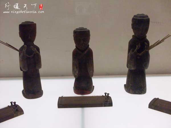 长沙马王堆汉墓——木俑