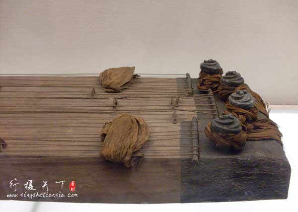 长沙马王堆汉墓——二十五弦琴