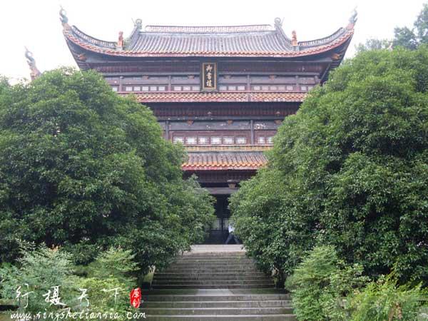 御书楼为书院藏书之所,始建于宋咸平二年(公园999年)。