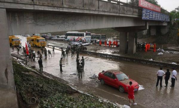 承石高客,2012年7月21日,北京大雨