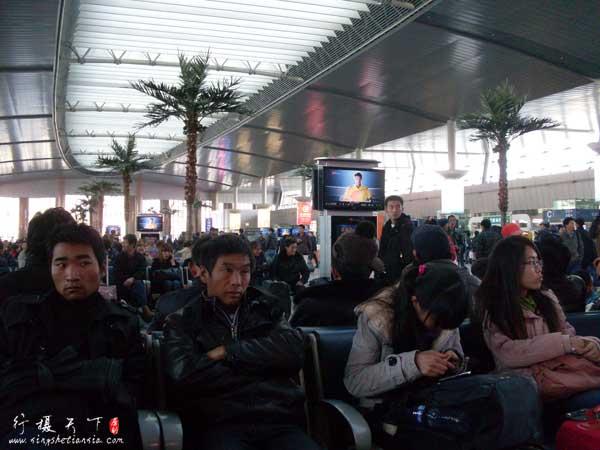 天津火车站候车室