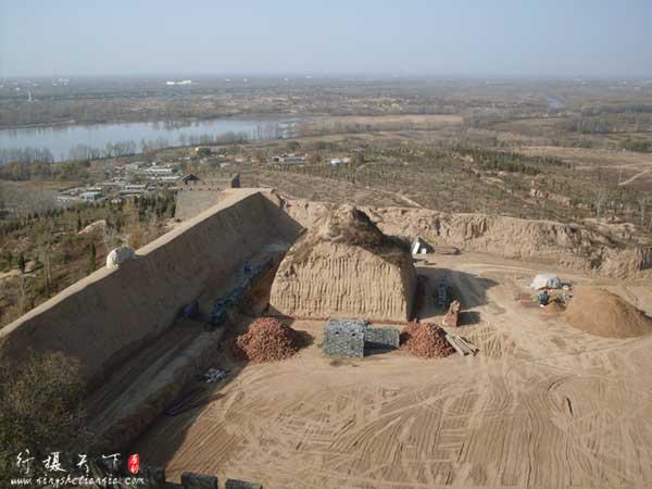 镇北台后面正在盖的新烽火台