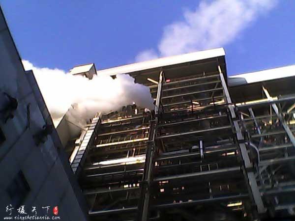 电厂锅炉排出的水蒸气,浪费啊