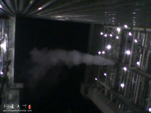 白天晚上不停地排蒸汽,浪费啊