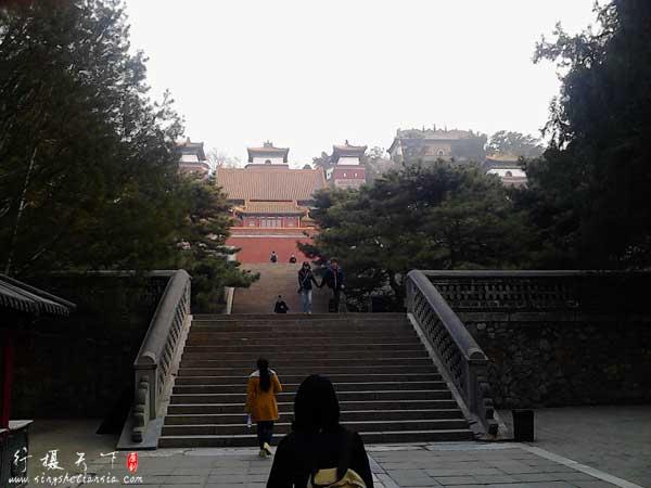 颐和园北宫门